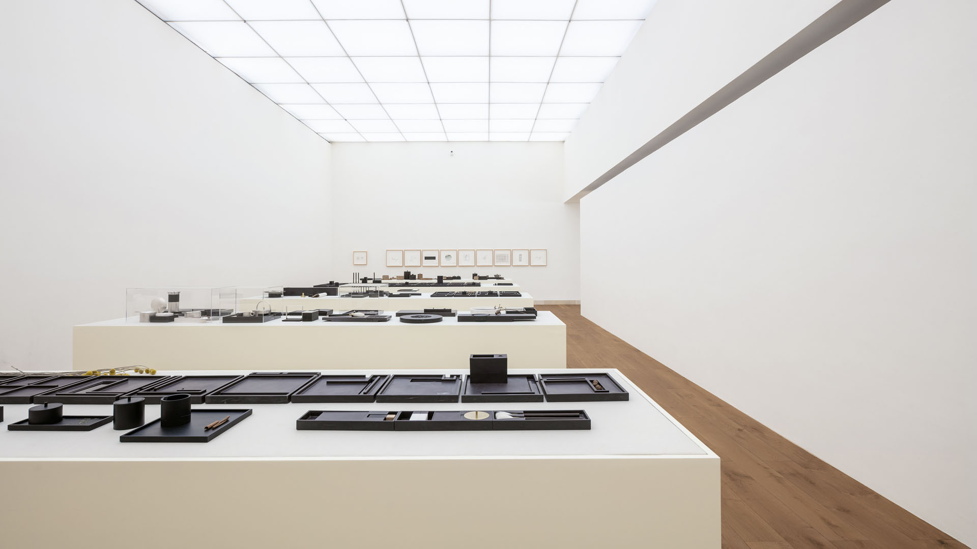 Ink stones of Chi Wing Lo, along with his architecture, sculptures, interior, furniture, objects and drawing, with a creation span of over 30 years, were presented in a solo exhibition titled ESSENCE CHI WING LO at the Alvaro Siza's China Design Museum in Hangzhou in 2019.
